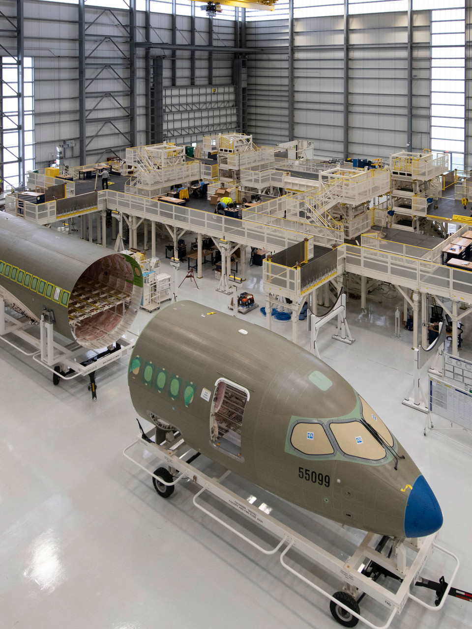 Airbus officially opens A220 production hangar in Mobile | WPMI